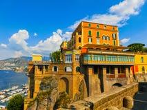 海岸的看法在索伦托,意大利 免版税库存照片