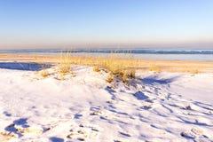 海岸看法在冬天 免版税库存照片