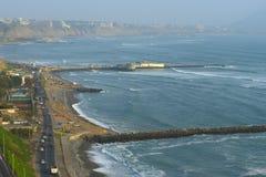 海岸线利马秘鲁 免版税库存图片