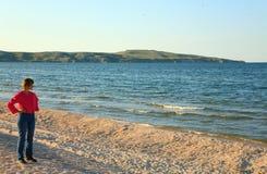 海岸线含沙海运夏天 免版税库存照片