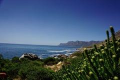 海岸线在开普敦附近的南非 库存图片