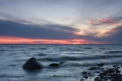 海岸线夜间瑞典 免版税库存图片