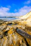 海岸线美好的横向在一个晴天 库存图片