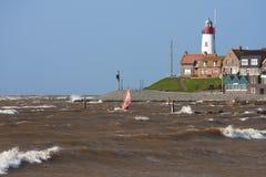 海岸荷兰语最近sailboarding 免版税库存照片