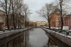 海峡,圣彼德堡 免版税库存图片