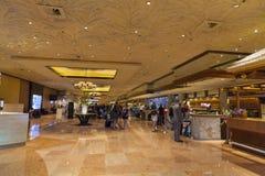 海市蜃楼旅馆服务台在拉斯维加斯, 2013年6月26日的NV 库存图片