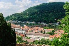 海得尔堡和老桥梁,海得尔堡,德国老镇的风景看法  免版税库存照片