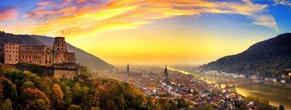 海得尔堡,德国,有五颜六色的黄昏天空的 免版税图库摄影