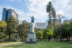 海德公园上尉Cook Monument - 库存图片