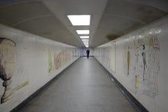 海德公园角落:步行underpassage 图库摄影