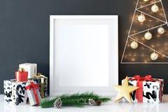 海报的嘲笑在客厅圣诞节内部 内部斯堪的纳维亚样式 3D翻译, 3D例证 库存照片