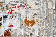 海报纹理被撕毁的墙壁 免版税图库摄影