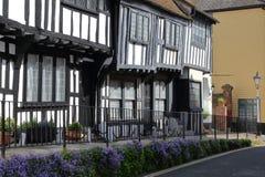 海斯廷斯,英国- 2015年6月27日:16世纪用木材建造被构筑的和中世纪房子在海斯廷斯老镇 库存图片