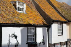 海斯廷斯,英国- 2017年7月22日:16世纪用木材建造被构筑的和中世纪房子在海斯廷斯老镇 免版税库存图片