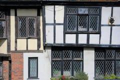 海斯廷斯,英国- 2017年7月22日:16世纪用木材建造被构筑的和中世纪房子在海斯廷斯老镇 免版税库存照片