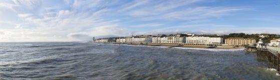 海斯廷斯从码头的海滨人行道 库存照片