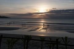 海日落印度尼西亚巴厘岛 免版税库存照片