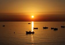 海日落,美好的自然场面 免版税库存图片