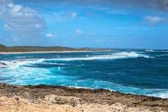 海景在Pointe des大别墅的一个大风天在瓜德罗普 库存图片