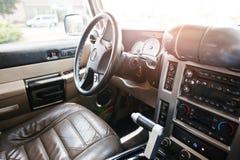 海氏,乌克兰- 2016年10月20日:发嗡嗡声的东西H2内部汽车 免版税库存照片