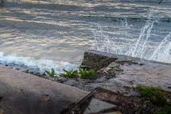 海水飞溅 库存照片