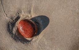 海沙石头 免版税图库摄影