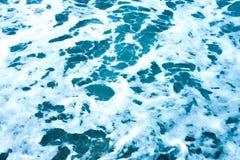 海泡沫的蓝色波动图式 库存照片