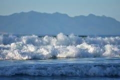 海洋海浪白色泡沫  库存图片