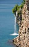 海洋瀑布 库存图片