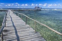 海浪中断coud 9 siargao海岛菲律宾 库存图片