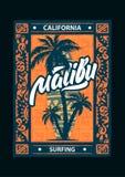 海浪体育与字法和印刷术的马利布海报 T恤杉设计图表,传染媒介 库存例证