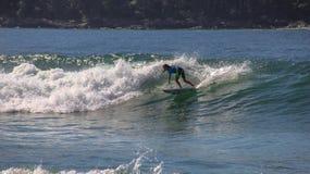 海浪在Maresias,巴西11月29日2019年 库存图片