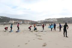 海浪教训在葡萄牙 免版税库存图片