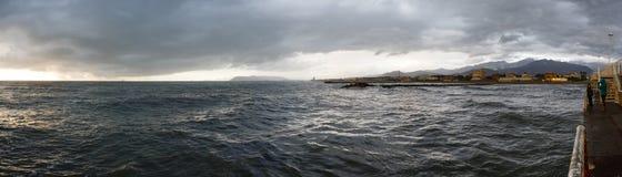 海海岸线全景 免版税库存照片