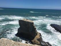 海海岸线muriwai海滩 免版税库存图片
