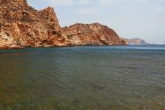 海海湾和岩石海岸卡塔赫钠,西班牙 免版税库存照片