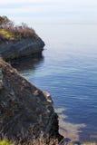 从海海湾的岸的看法 图库摄影