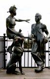 海湾加的夫雕塑英国都市威尔士 免版税库存图片
