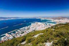 海湾和船坞从直布罗陀的岩石 免版税库存图片