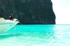 海湾小船盐水湖玛雅人马达绿松石水 免版税图库摄影