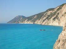 海湾希腊岩石的lefkada 图库摄影