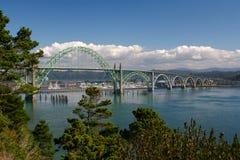 海湾桥梁纽波特俄勒冈yaquina 图库摄影