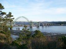 海湾桥梁纽波特俄勒冈yaquina 免版税库存图片