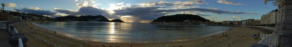 海湾海滩外耳暮色圣的sebas 图库摄影