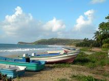 海湾海滩小船玉米捕鱼海岛长的尼加&# 免版税图库摄影
