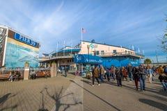 海湾的码头39和水族馆在Fishermans码头-旧金山,加利福尼亚,美国的 库存图片