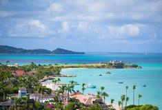 海湾美丽的景色在热带海岛的在加勒比海 库存图片