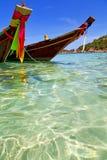 海湾kho的亚洲晃动小船泰国和中国南方 库存照片