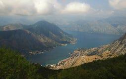 海湾kotor montenegro 库存图片