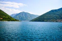 海湾kotor montenegro 库存照片